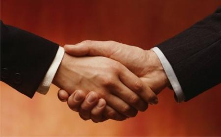 Про дію колективних  договорів і угод