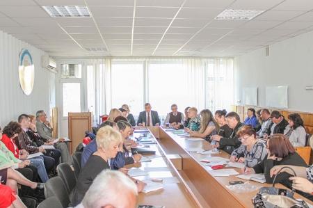 Засідання президії обкому Профспілки освітян та нарада членських профорганізацій