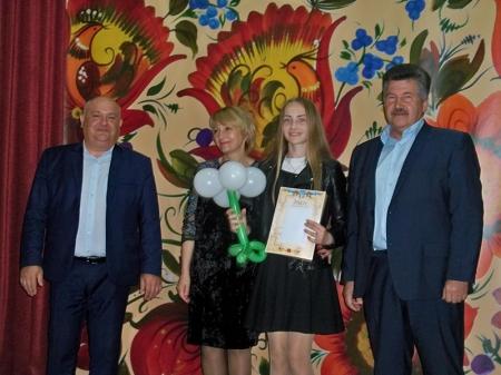 """Районне свято """"обдарована молодь Оратівщини"""""""